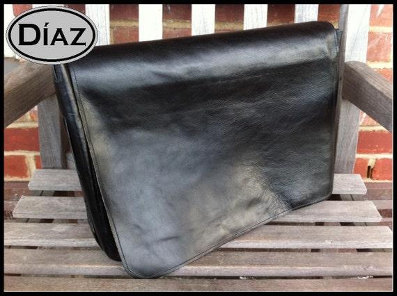 DIAZ Medium Genuine Leather Messenger Bag / Satchel in Florencia Black - Free Monogramming -