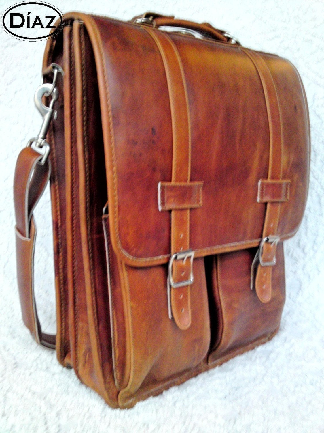 DIAZ Large Leather Messenger Satchel/Backpack Laptop Briefcase