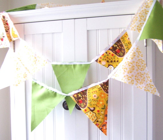 Vintage Style Brown Birds, Sunshine Yellow and Green Party Bunting 9 Feet