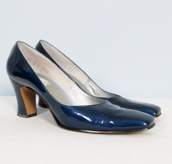 Vintage 1960's Blue Patent Leather Heels Classic MAD MEN Pumps