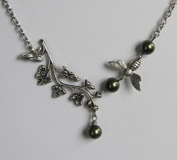 FREE SHIPPING - Kew Gardens Necklace - Vintage and nature inspired antiqued silver with flowering vine, honey bee and sage green pearls