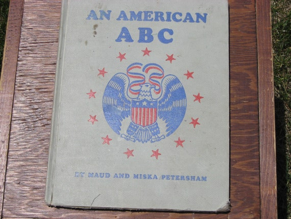 SALE Fourth July 15 dollars - Vintage Book, Children, An American ABC, America, Patriotic, ABCs, USA