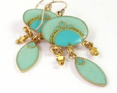 Mint, Turquoise Exotic earrings, Gold Earrings, Dangle, Magic mint  Oval and marquise hanging, gold Crystal Dorado , lightweight earrings