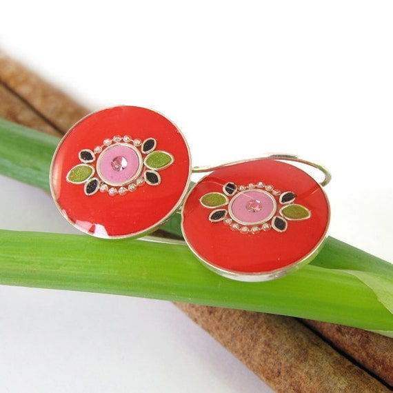 Red  Earrings -Decorated Round silver earrings