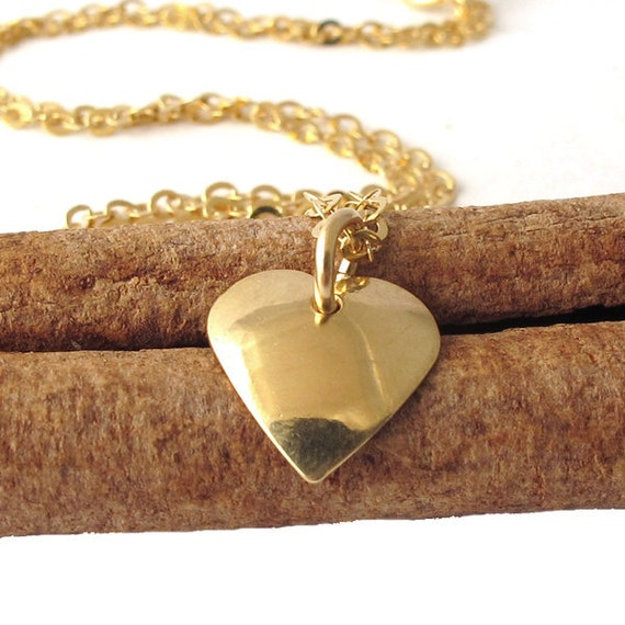 Gold Heart necklace,  14K Gold filled, medium heart  pendant, gold filed chain