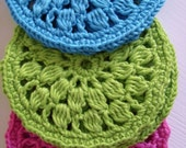 Round coasters PDF crochet pattern - easy DIY tutorial  (beginner level) - you can sell finished items