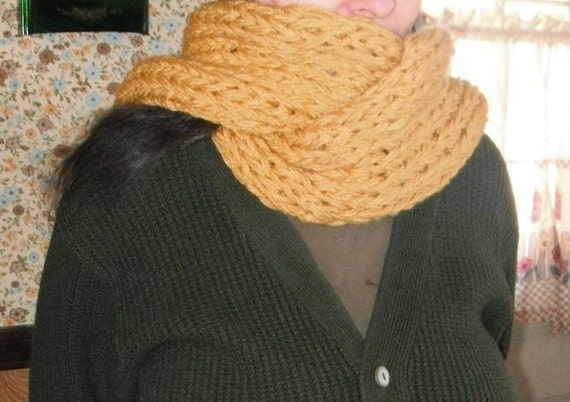 Chunky Knit Mustard Scarf