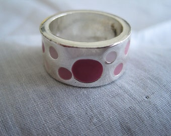 Vintage 1970's Retro Style Silver Tone Wide Band Polka Dot Ring