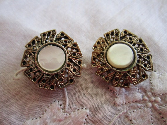 Vintage Gold Tone and Flat Shell Button Lever Back Earrings from Japan