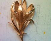 Vintage Trifari flower brooch-Free shipping in the US