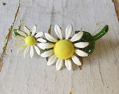 Vintage Enamel Flower Brooch Daisy c.1960s