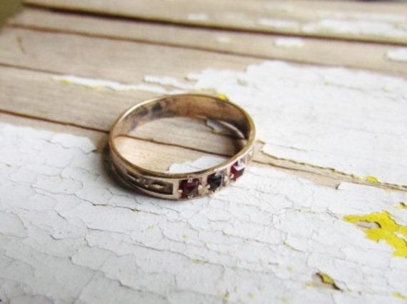Antique Victorian Garnet Ring c.1800s