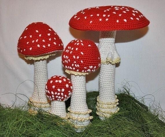 Free Kawaii Amigurumi Pattern : Mushroom crochet pattern Toadstool Fly Agaric PDF in