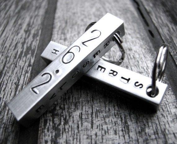 Runner's Keychain - Courage, Strength, Resolve - Commemorate Your Acheivement - 13.1, 26.2
