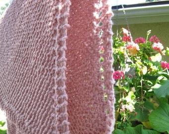Price reduction knit organic cotton baby blanket (pink)
