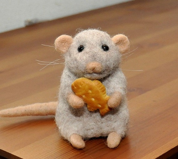 Handmade Needle Felted Wool Mouse