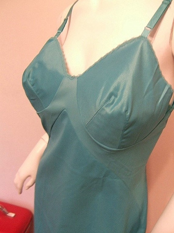 Ocean Goddess Turquoise Blue Slip Vintage 50s 60's Vanity Fair 34 Bust S Fitted Panel Nightgown Pin Up