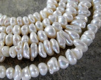 Keishi Pearls Cream White Pearls Center Drill 7mm 8mm Full Strand