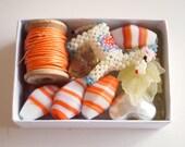 Bead Kit Leaves  Acrylic Heart Cats Eye Glass Oval  Bagatelle -  Tangerine Kit