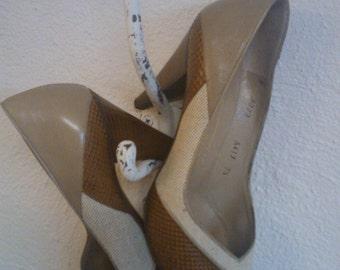 SALE bruno magli  designer vintage canvas geometric patterned leather and snake skin peep toe shoe super classic size 7.5