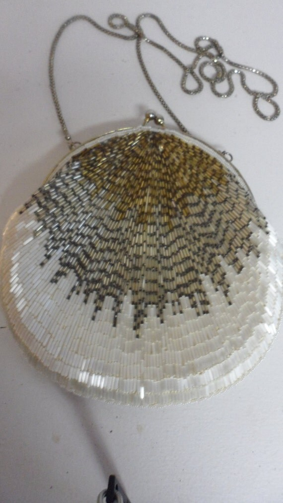 incredible white and gold   dark silver beaded shimmer purse so star like and beautiful chain strap