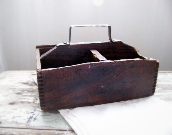 ANTIQUE Old FarmHouse Tote Carrier Wood/Wooden- Quirky Extreme PRIMITIVE - Great Old Barn Find