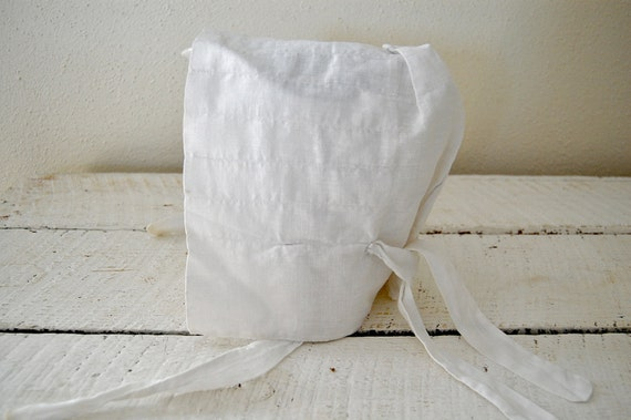 Small Baby Bonnet - 1800 White Cotton - Prairie Style - Simple and Pretty Primitive
