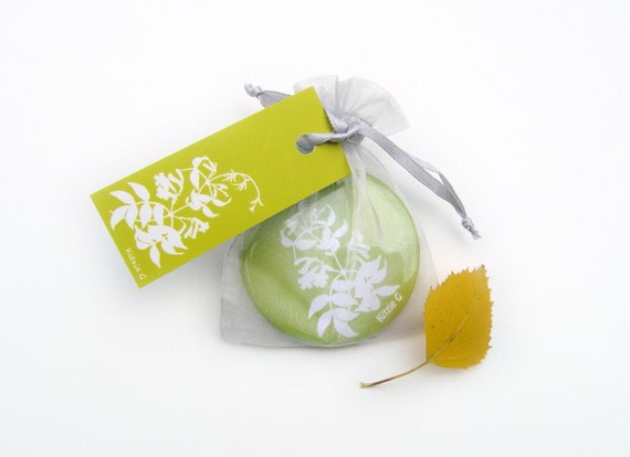 Pocket Mirror - Lime Green Bignonia Botanical Papercut Design
