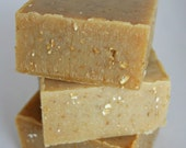 Honey Oat Exfoliating Soap Bar