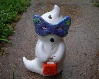 vintage ghost candle holder holloween party ghost purple mask trick or treat white ornage bag