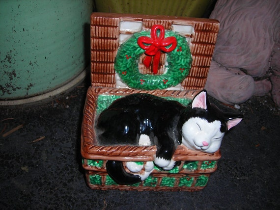 vintage music box figurine black and white cat sleeping in a basket christmas schmid
