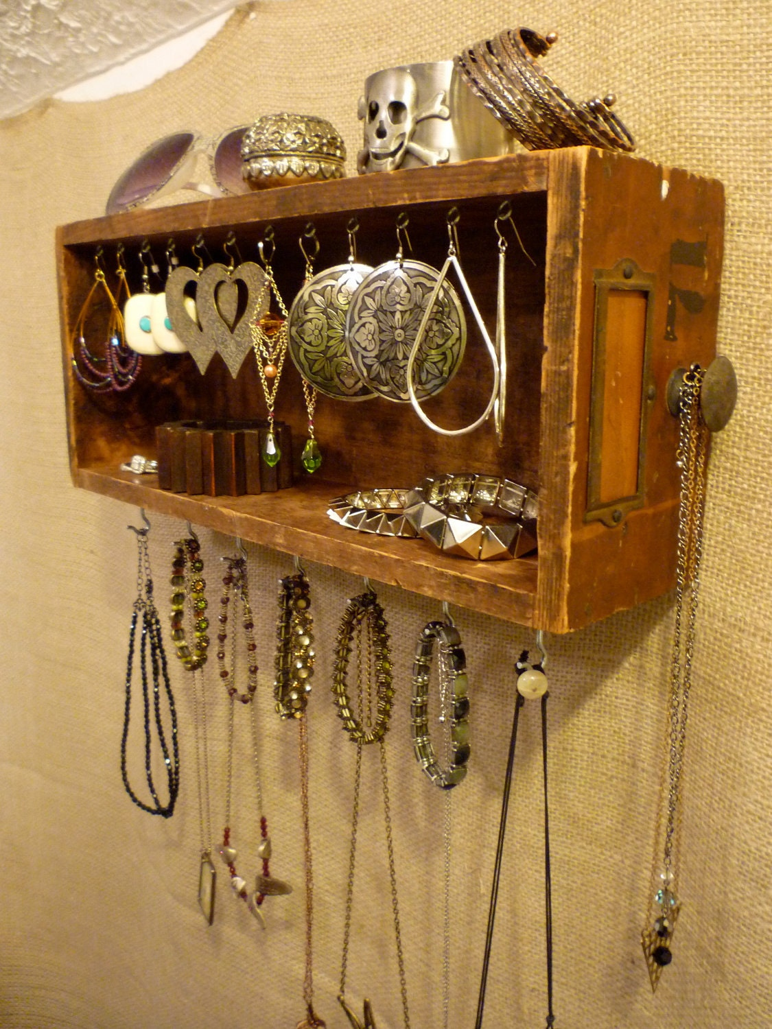 upcycled jewelry organizing display wood drawer 71. Black Bedroom Furniture Sets. Home Design Ideas