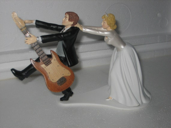 guitar wedding cake toppers guitar themed wedding cake topper grooms cake 15019