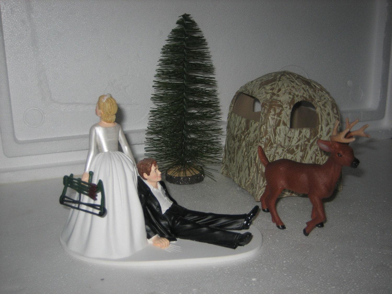 Hunting wedding cake topper groom deer bow blind by finsnhorns