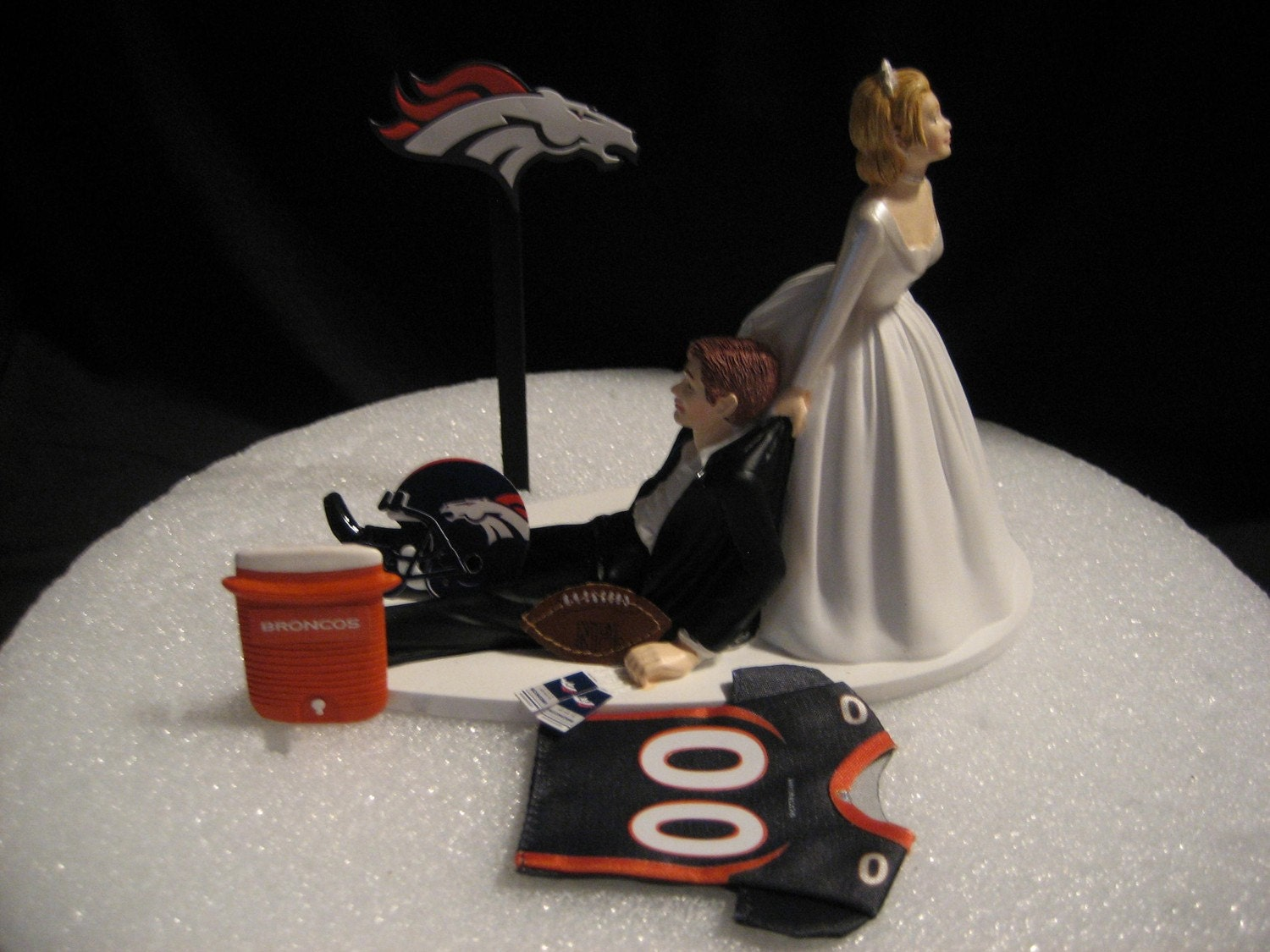wedding cake toppers denver co denver broncos wedding cake topper groom by finsnhorns 26450