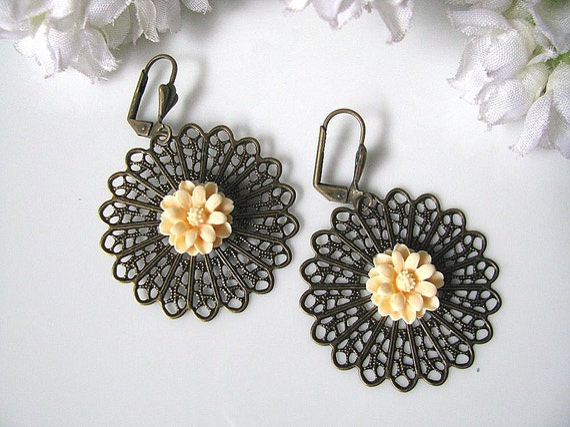 Antiqued Sunburst Filigree And Peach Daisy Flower Earrings, Garden Wedding, Gift For Her, Holiday Gift Idea, Christmas Gift