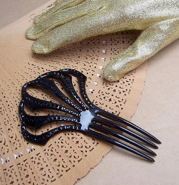 Antique hair comb Victorian French jet mourning hair accessory
