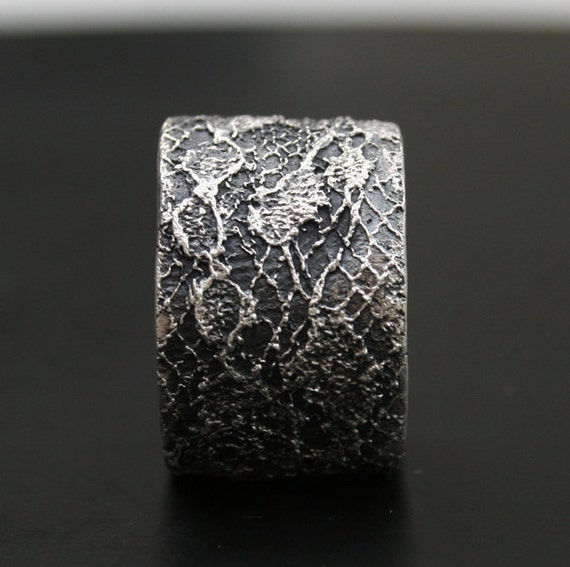 lace ring no 10 - ready to ship in  size 6