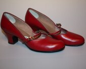 Swing My Heart - 1940s New Look  Red Heart Shaped Vamp Swing Shoes - 8