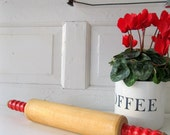 Vintage Red Handled Rolling Pin Retro Kitchen Tools Farm Rustic Shabby  from Tessiemay
