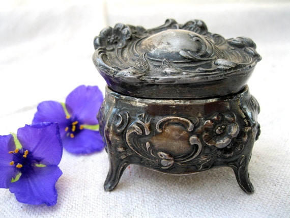 Vintage Art Nouveau Silverplated Ring Box/Casket, Wedding, Engagement, Gift, from Tessiemay