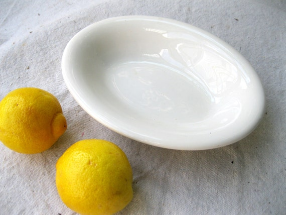 Vintage Ironstone Serving Bowl // Classic//  Homer Laughlin // Vegetable Bowl from Tessiemay