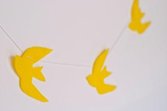 Felt Birds Garland (Yellow)