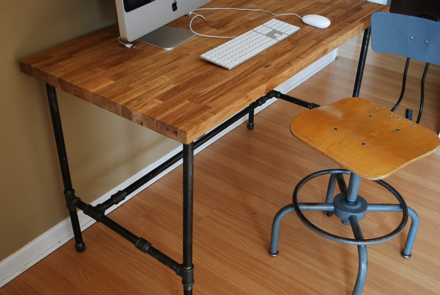 Industrial Steel Pipes : Industrial modern steel pipe and oak desk