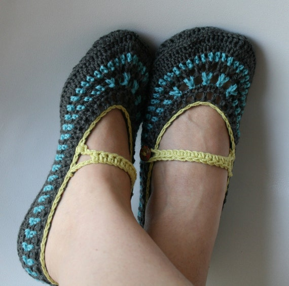 Items similar to Crochet PATTERN adult mary jane slippers ...