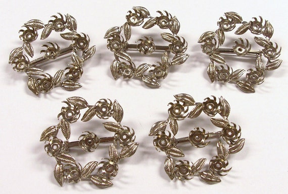 VINTAGE Pin Blanks Five (5) Silver with Leaves CIRCLE Pins Add 6mm Gems Pearls Vintage Jewelry Blank Destash (X5)