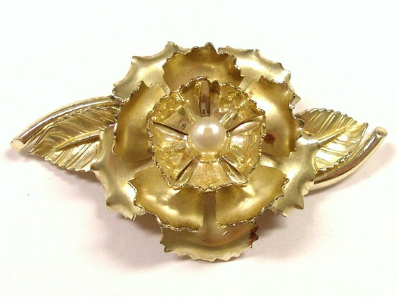 VINTAGE Rose Pin Brooch Flower Pin Pearl ROSE Gold Ready to Wear Jewelry Destash (M1)