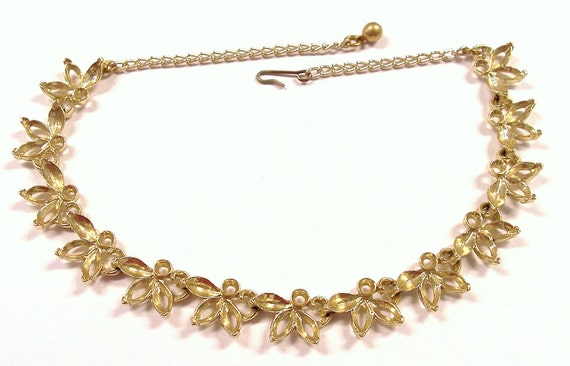 VINTAGE Gold NECKLACE Blank Floral Design Flowers Botanical Add Rhinestones Beads Fashion Jewelry Fun (Y193)