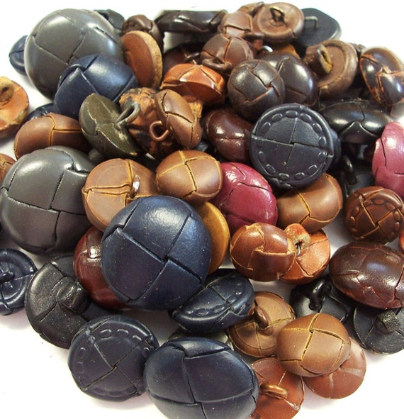 VINTAGE Buttons Large Lot of LEATHER Buttons Blue Brown Black Leather and Leather Look BuTTON Destash (F57)
