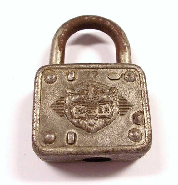 VINTAGE Padlock Master Lock Co. Great Graphics No. 77 Rusty NO Keys Memory Treasure DeSTASH (M19)